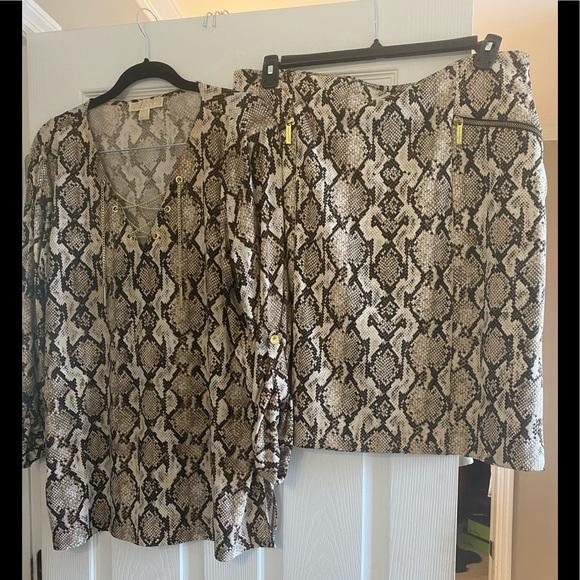 Michael Kors Brown and cream Python skirt set